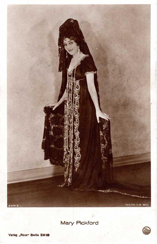 """Foto von Mary Pickford aus dem Film """"Rosita"""" von Ernst Lubitsch"""